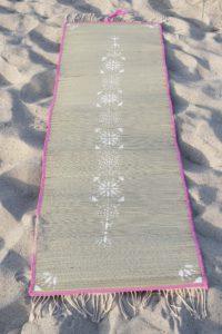 DIY Boho Strandmatte mit Kreidefarbe und Schablonen selber machen